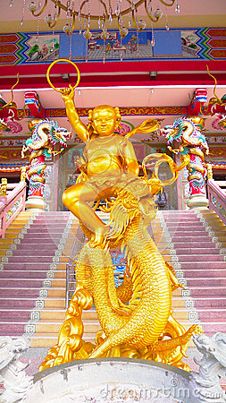 god-sculpture-riding-dragon-shrine-public-name-nezha-s-tai-tzu-chon-buri-province-thailand-62719512